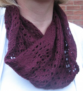 Lacy Moebius Cowl - complete