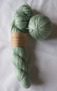 FollowYourArrow - Eden Cottage Titus yarn (Misty Woods)